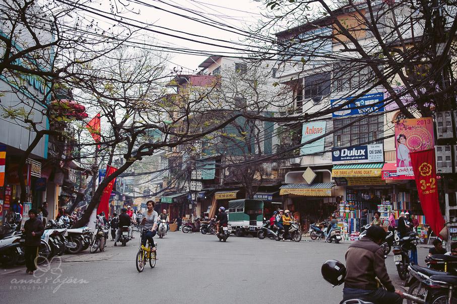 0028 Vietnam I AuB 211801 - Vietnam 2013 - Von Hanoi zu den Wasserdrachen in der Halong Bay