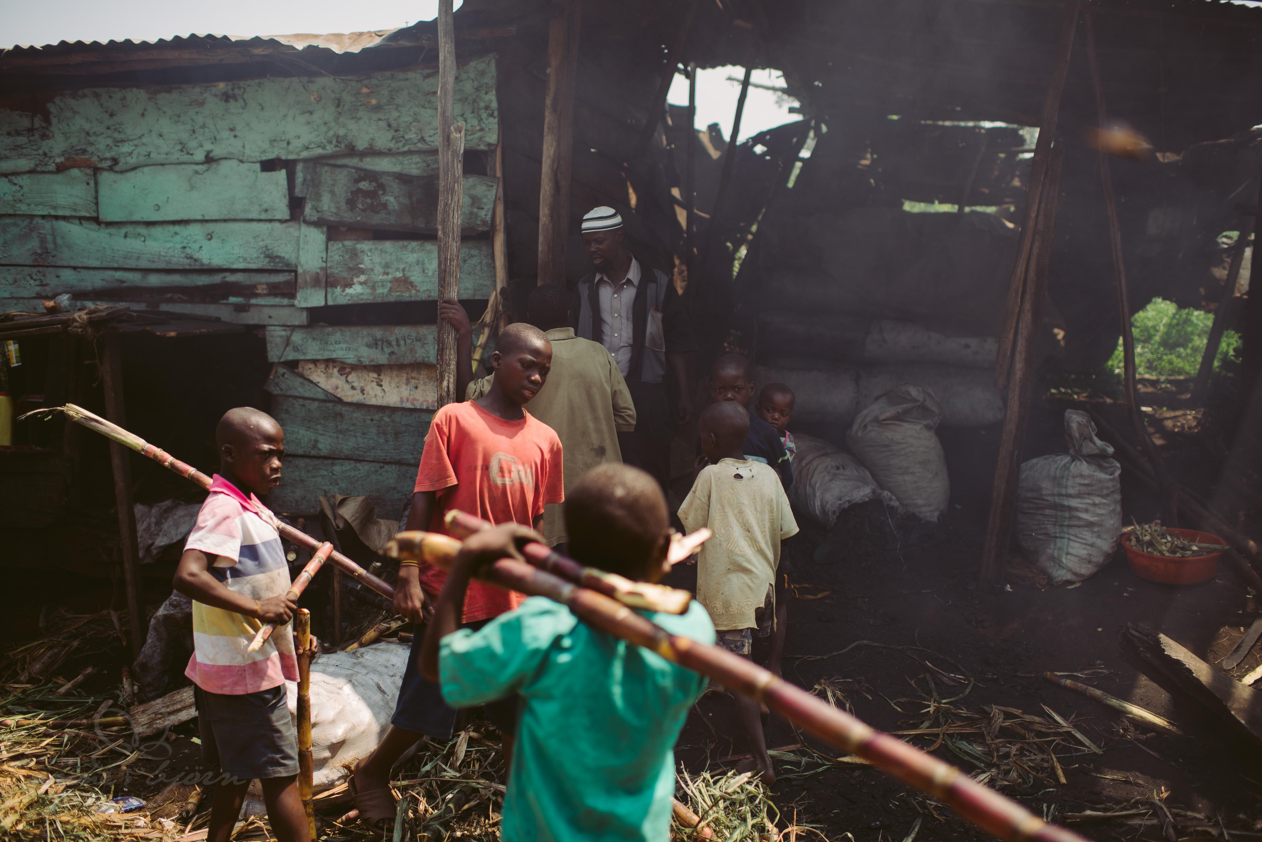 0006 uganda anneundbjoern aub 6396 2 - This is Uganda (1/2) - 2.500 km mit Jeep & Zelt durchs Land