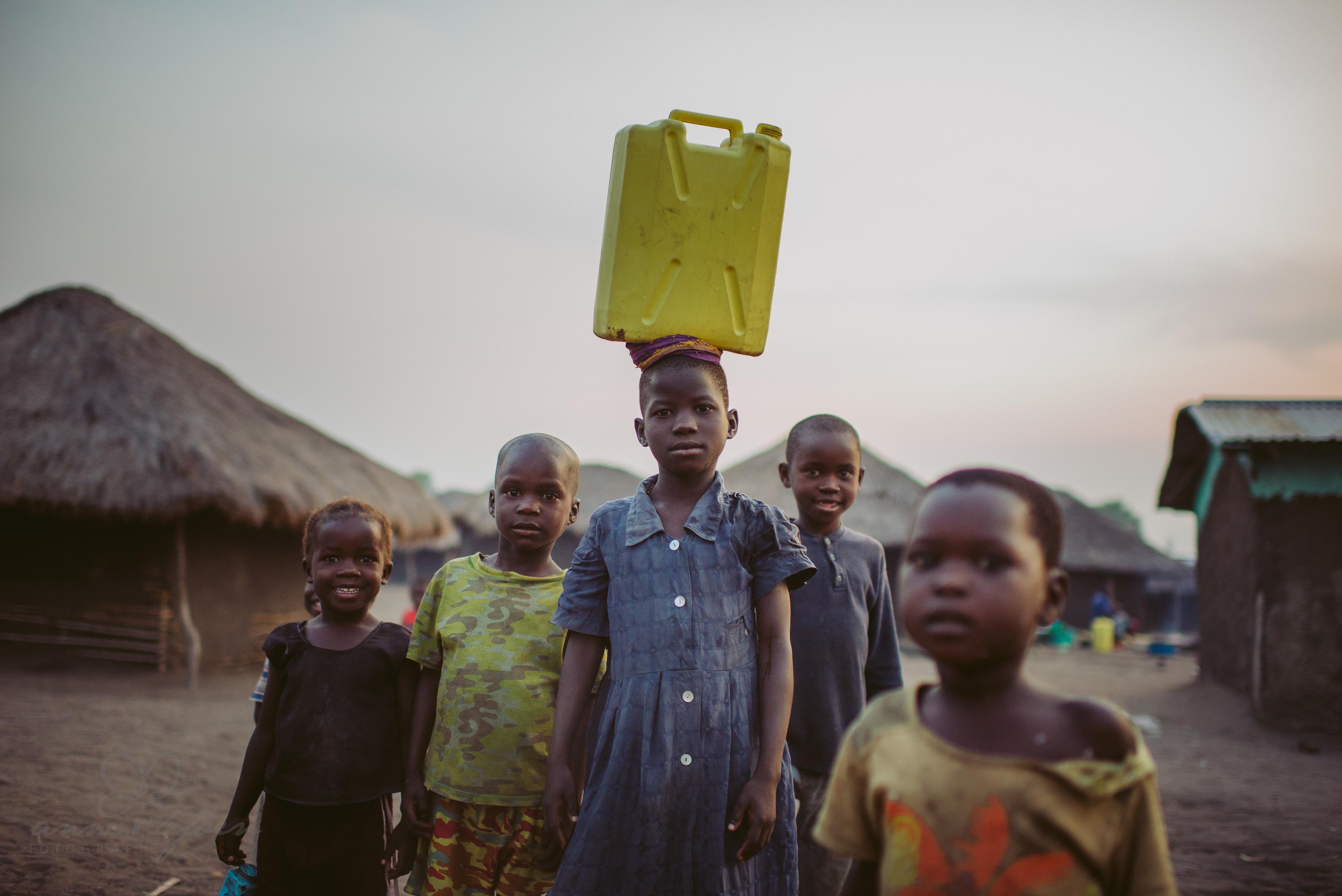 0053 uganda anneundbjoern nd6 4539 2 - This is Uganda (1/2) - 2.500 km mit Jeep & Zelt durchs Land