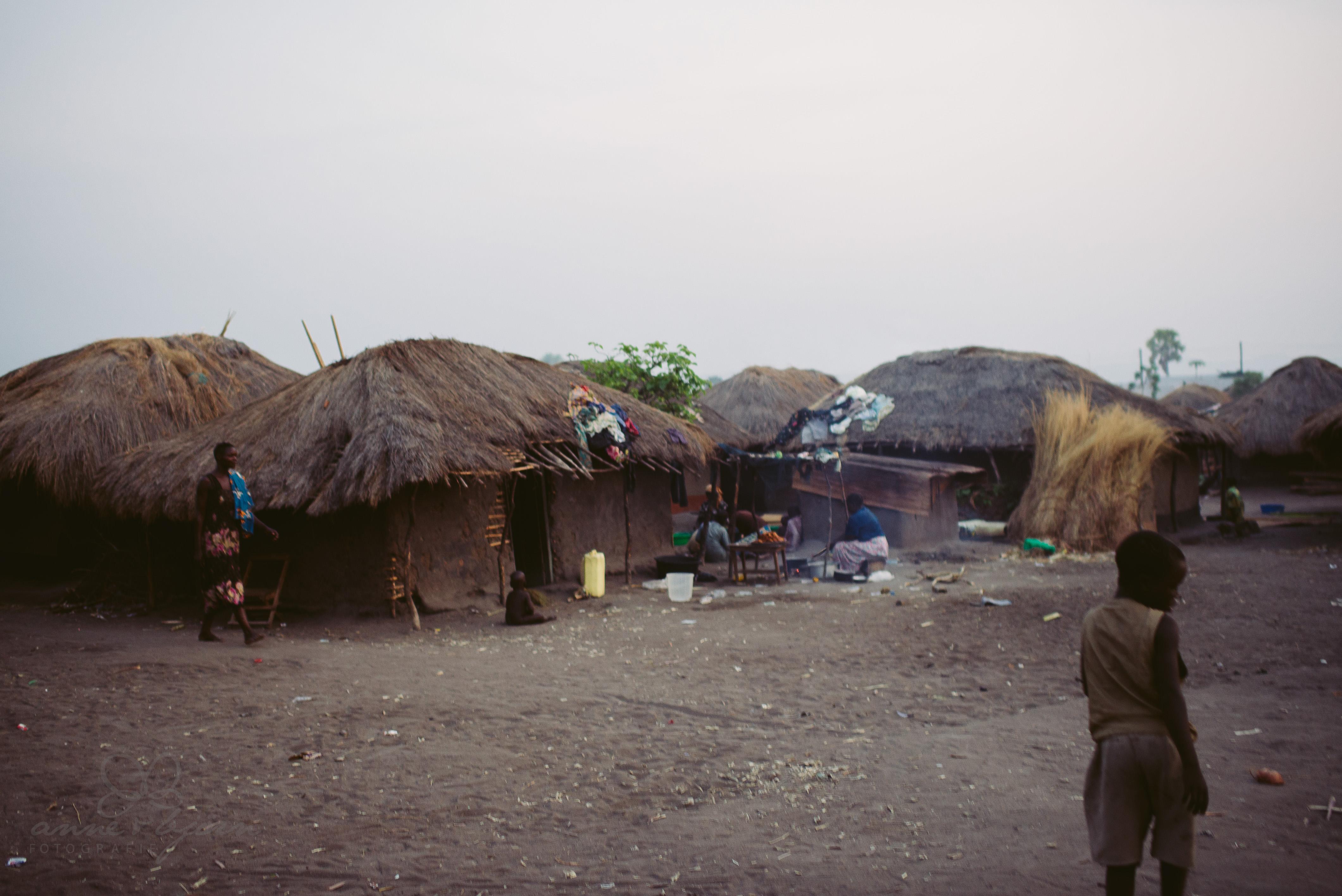 0055 uganda anneundbjoern nd6 4536 2 - This is Uganda (1/2) - 2.500 km mit Jeep & Zelt durchs Land