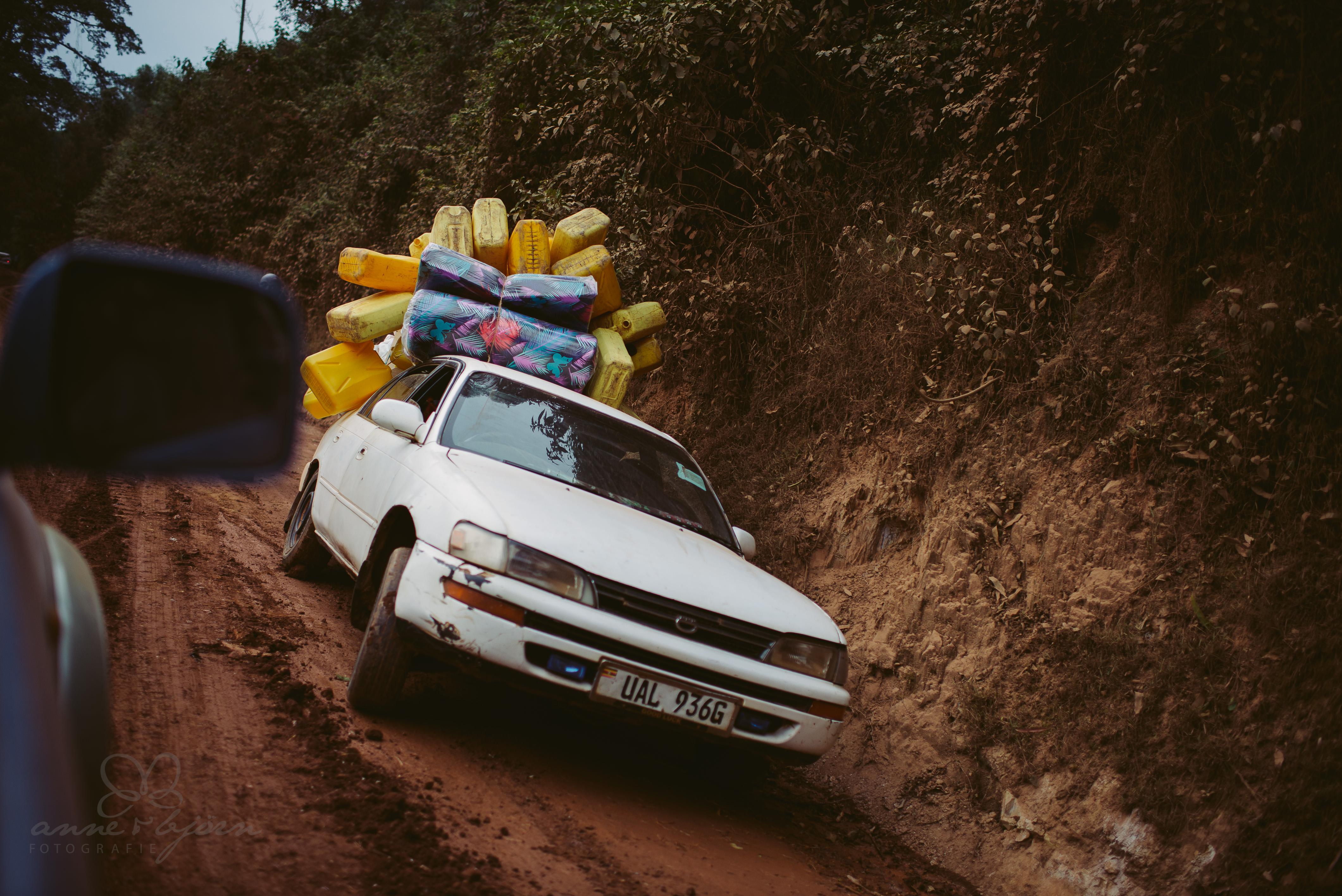 0078 uganda anneundbjoern nd6 4907 2 - This is Uganda (1/2) - 2.500 km mit Jeep & Zelt durchs Land