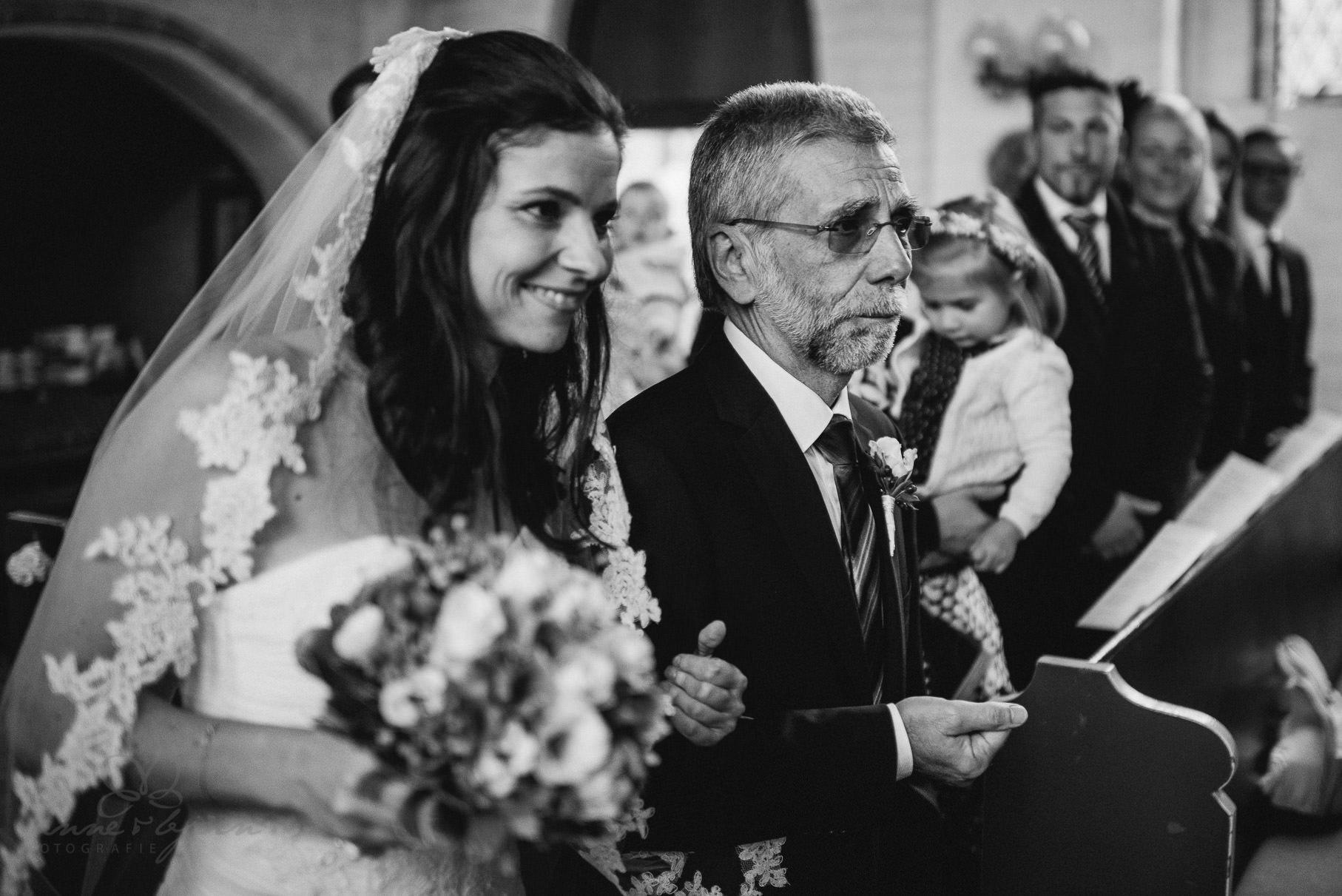 0046 aub 812 9397 - Hochzeit auf Gut Thansen - Anja & Björn
