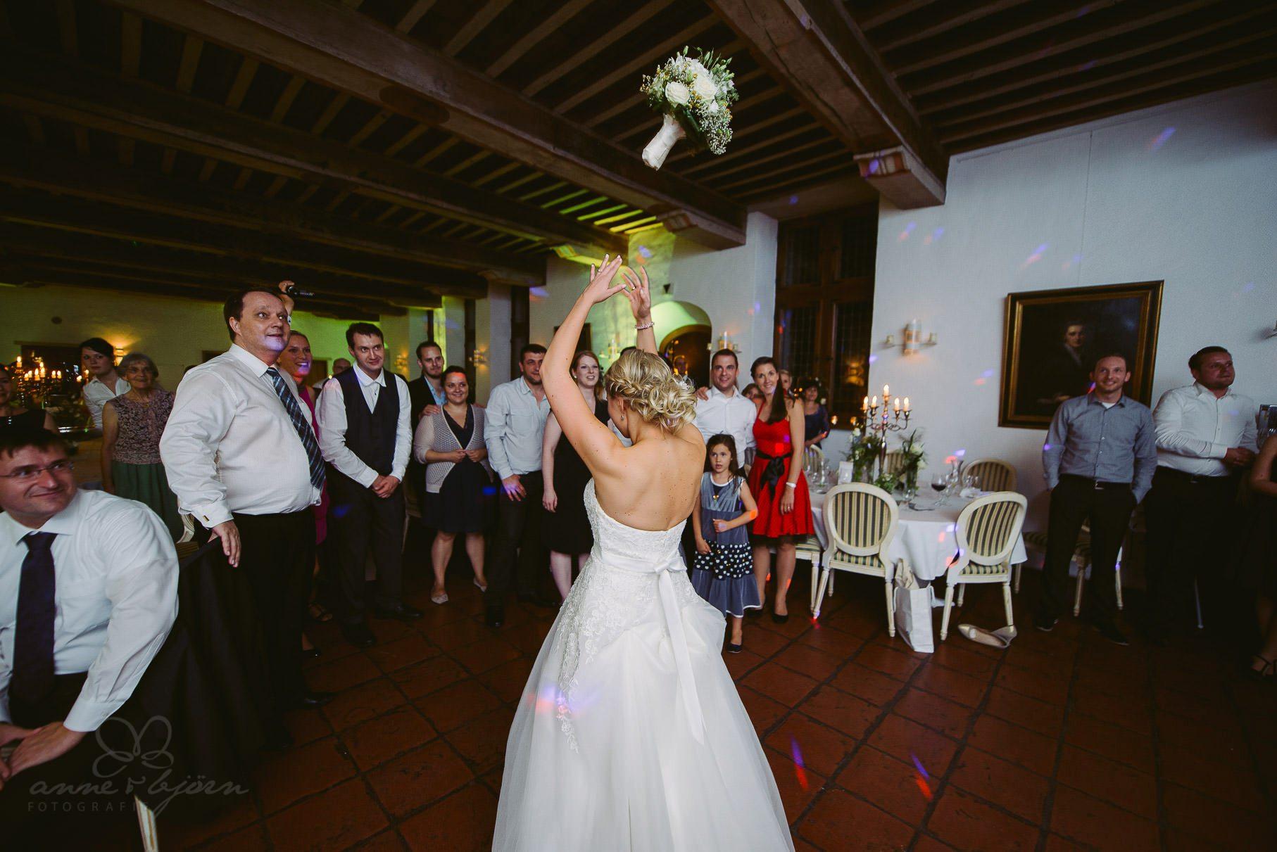0069 euo 812 2407 - Hochzeit im Schloss Reinbek - Elvira & Olaf