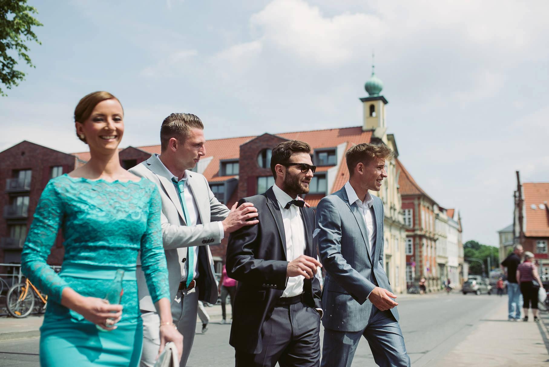 0015 jus 811 9246 - Hochzeit im Wasserturm Lüneburg - Jenny & Sascha