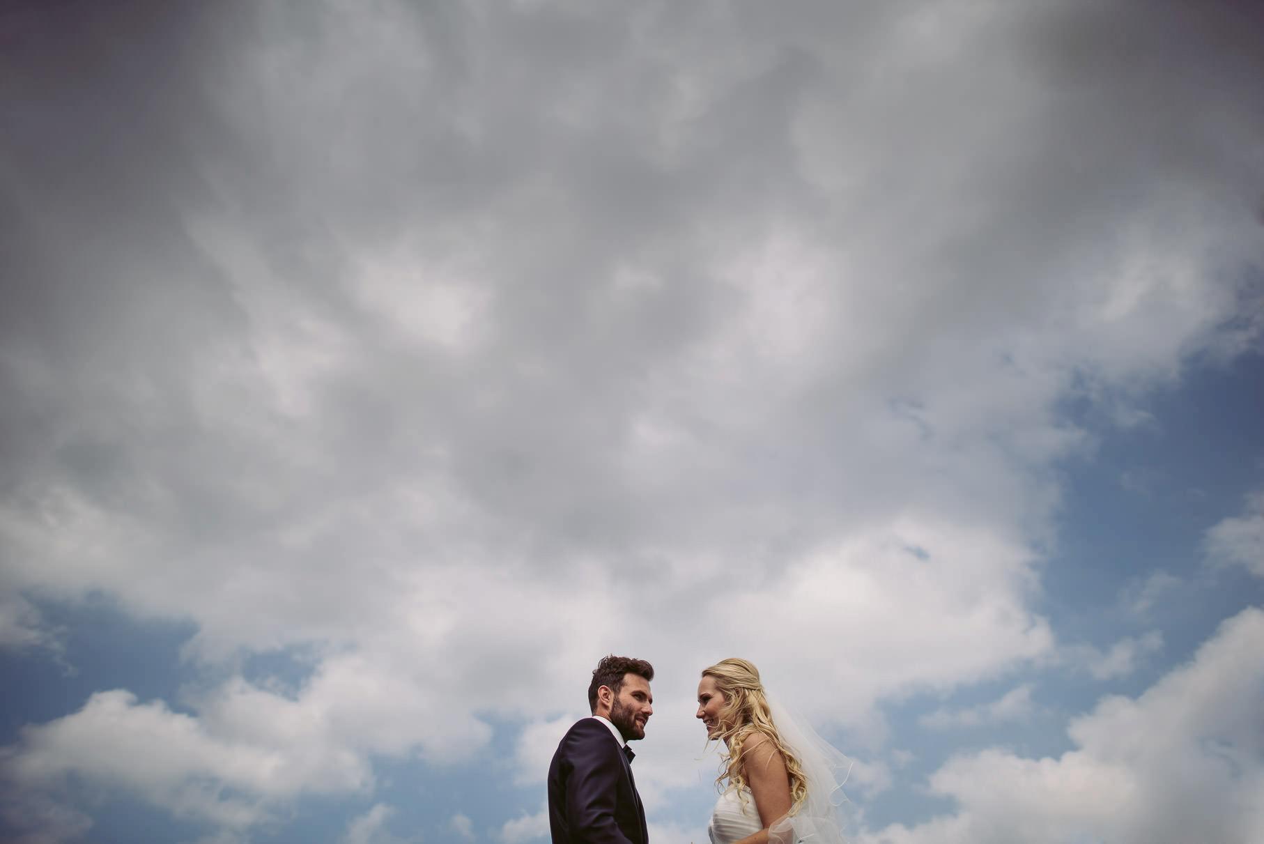 0042 jus 812 9188 bearbeitet - Hochzeit im Wasserturm Lüneburg - Jenny & Sascha