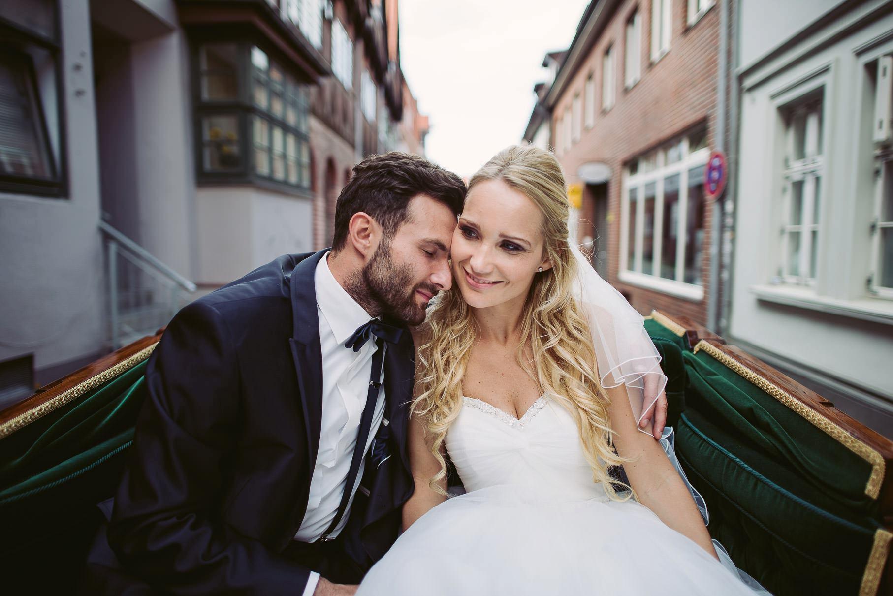 0053 jus 812 9624 - Hochzeit im Wasserturm Lüneburg - Jenny & Sascha