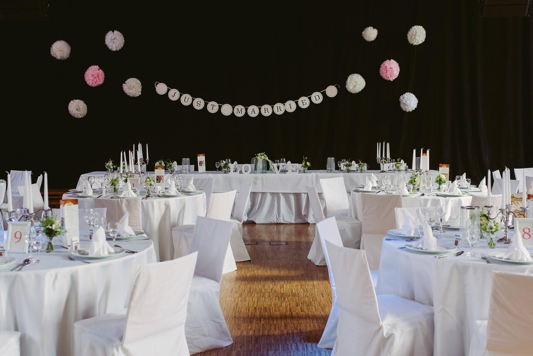 0069 jus 811 9935 - Hochzeit im Wasserturm Lüneburg - Jenny & Sascha