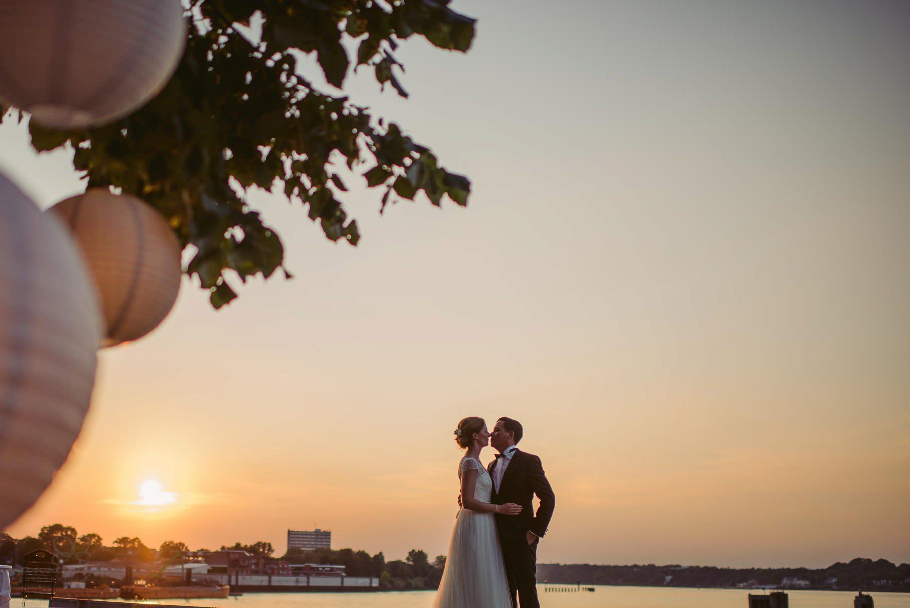 0094 aud blog d75 3125 - Hochzeit an der Hamburger Elbe - Ann-Katrin & Daniel