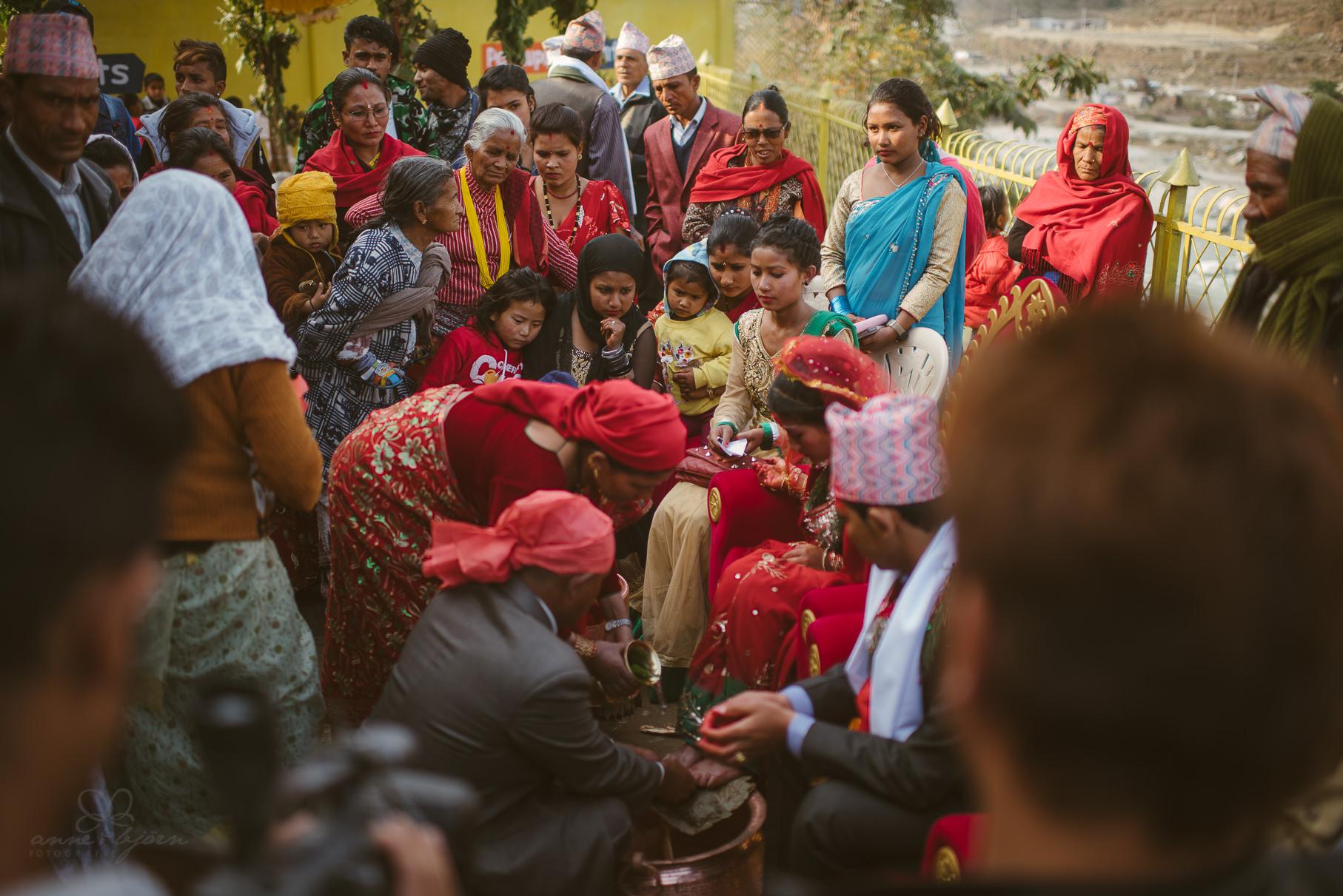 0029 anne und bjoern chitwan nationalpark nepal d75 3921 2 - Nepal Teil 3 - Roadtrip, Chitwan Nationalpark und eine spontane Hochzeit
