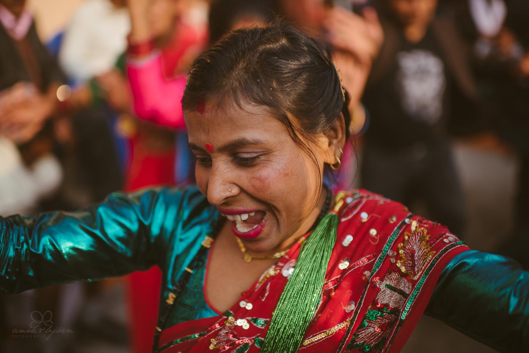 0033 anne und bjoern chitwan nationalpark nepal d75 4022 2 - Nepal Teil 3 - Roadtrip, Chitwan Nationalpark und eine spontane Hochzeit