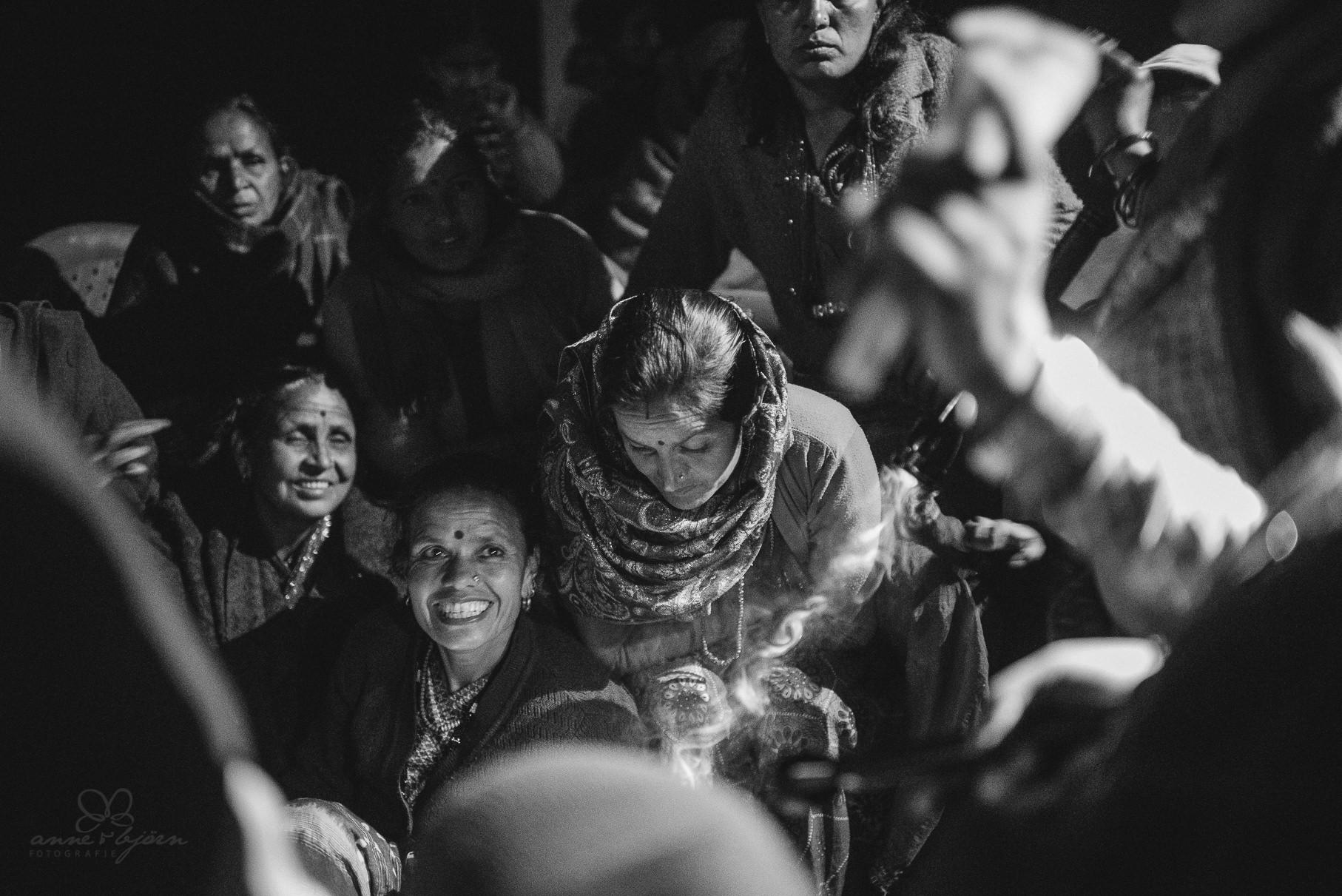 0039 anne und bjoern chitwan nationalpark nepal d75 4071 2 - Nepal Teil 3 - Roadtrip, Chitwan Nationalpark und eine spontane Hochzeit