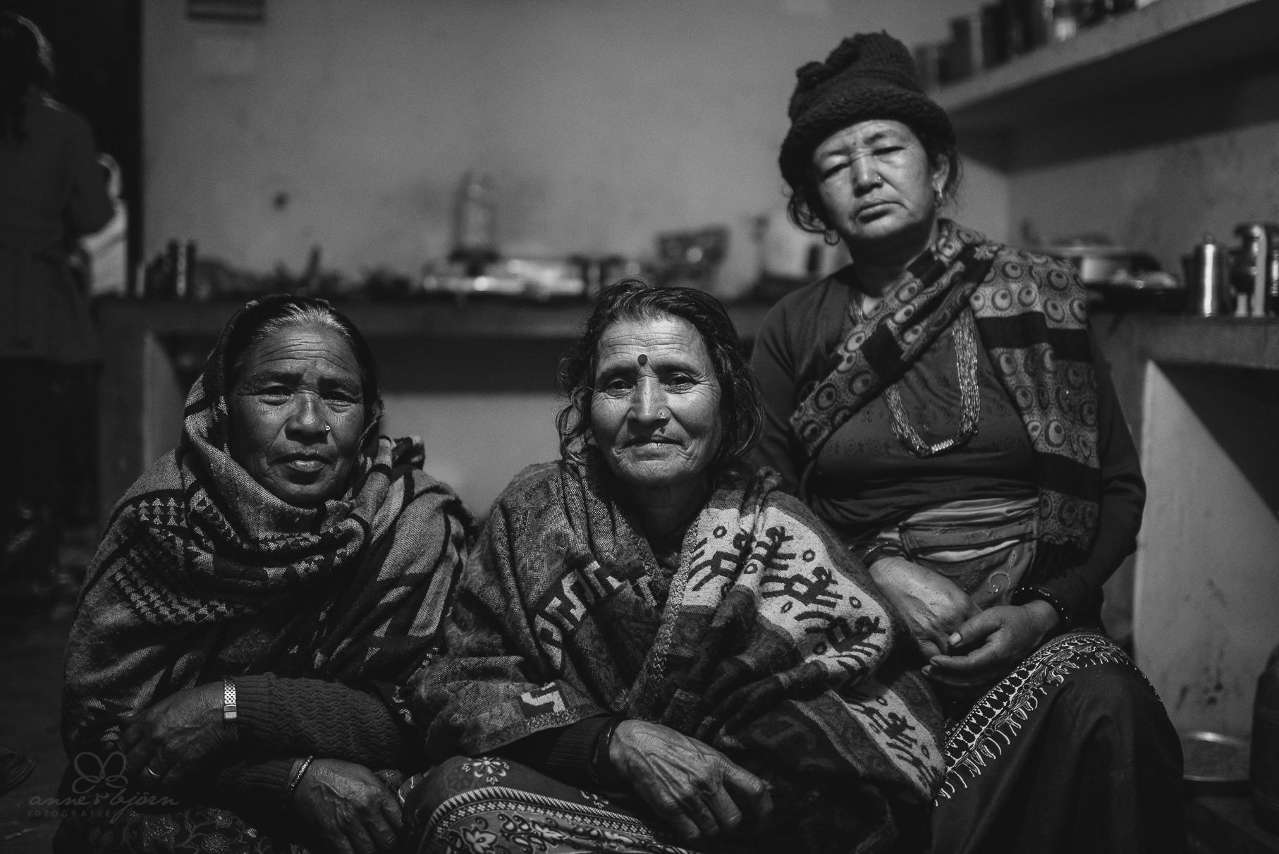 0043 anne und bjoern chitwan nationalpark nepal d75 4312 2 - Nepal Teil 3 - Roadtrip, Chitwan Nationalpark und eine spontane Hochzeit