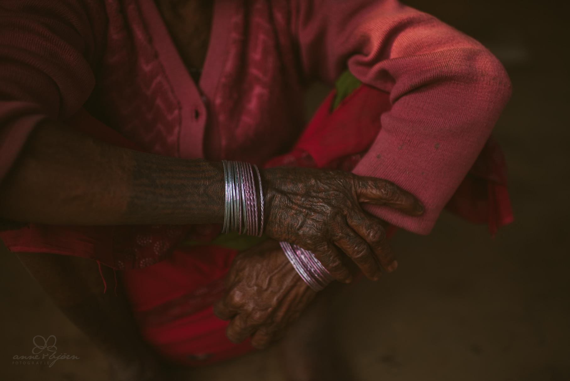 0049 anne und bjoern chitwan nationalpark nepal 811 1430 2 - Nepal Teil 3 - Roadtrip, Chitwan Nationalpark und eine spontane Hochzeit
