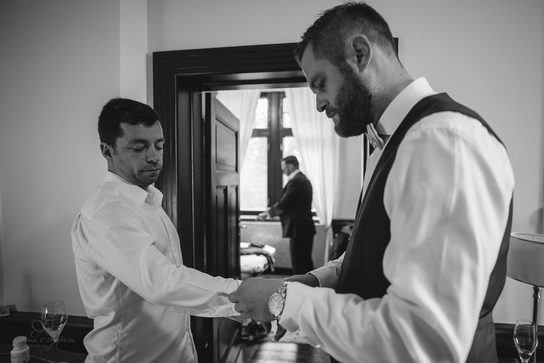 0030 anne und bjoern claudi und enno d75 4455 - Hochzeit auf Rügen (Klein Kubbelkow) - Claudi & Enno
