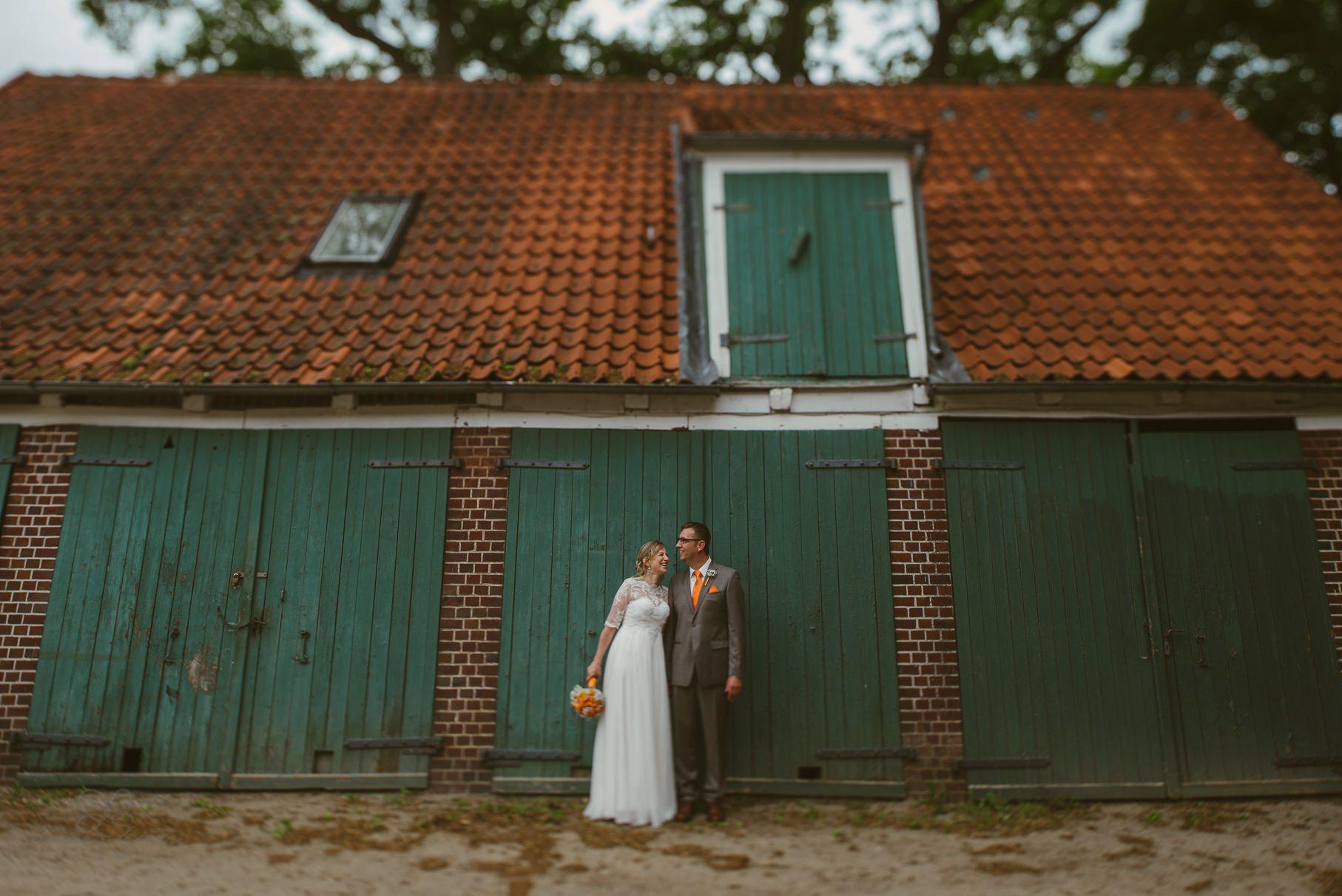 0078 anne und bjoern Manu und Sven D75 9991 1 - DIY Hochzeit im Erdhaus auf dem alten Land - Manuela & Sven