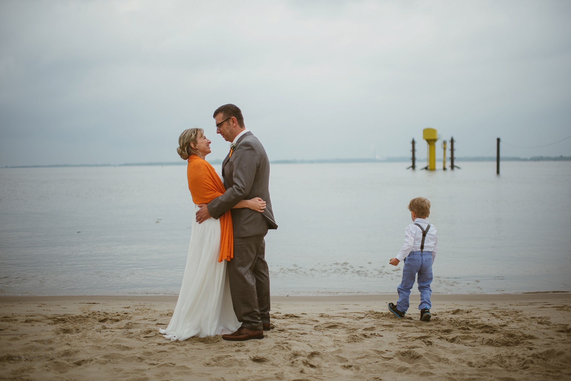0103 anne und bjoern Manu und Sven D75 0575 1 - DIY Hochzeit im Erdhaus auf dem alten Land - Manuela & Sven