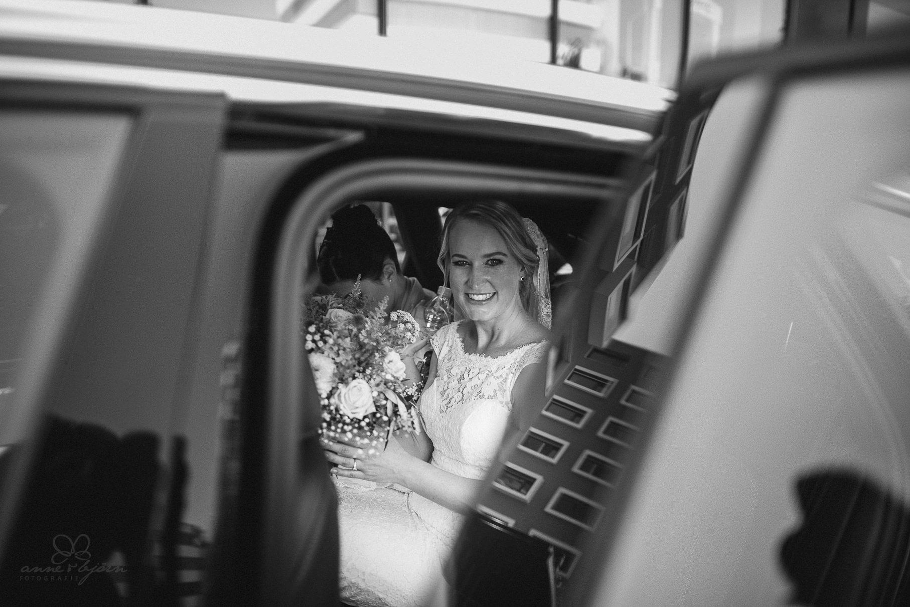 0032 anne und bjoern hochzeit schweiz d75 9857 - DIY Hochzeit in der Schweiz - Sabrina & Christoph