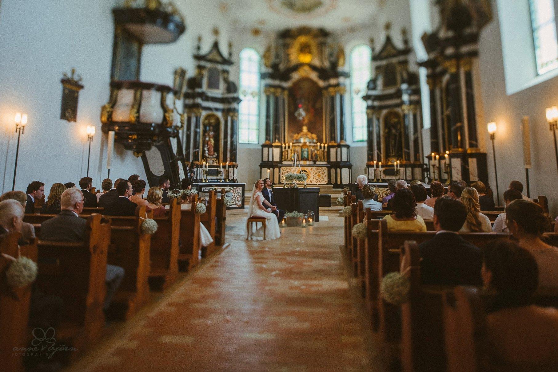 0042 anne und bjoern hochzeit schweiz d75 0014 - DIY Hochzeit in der Schweiz - Sabrina & Christoph