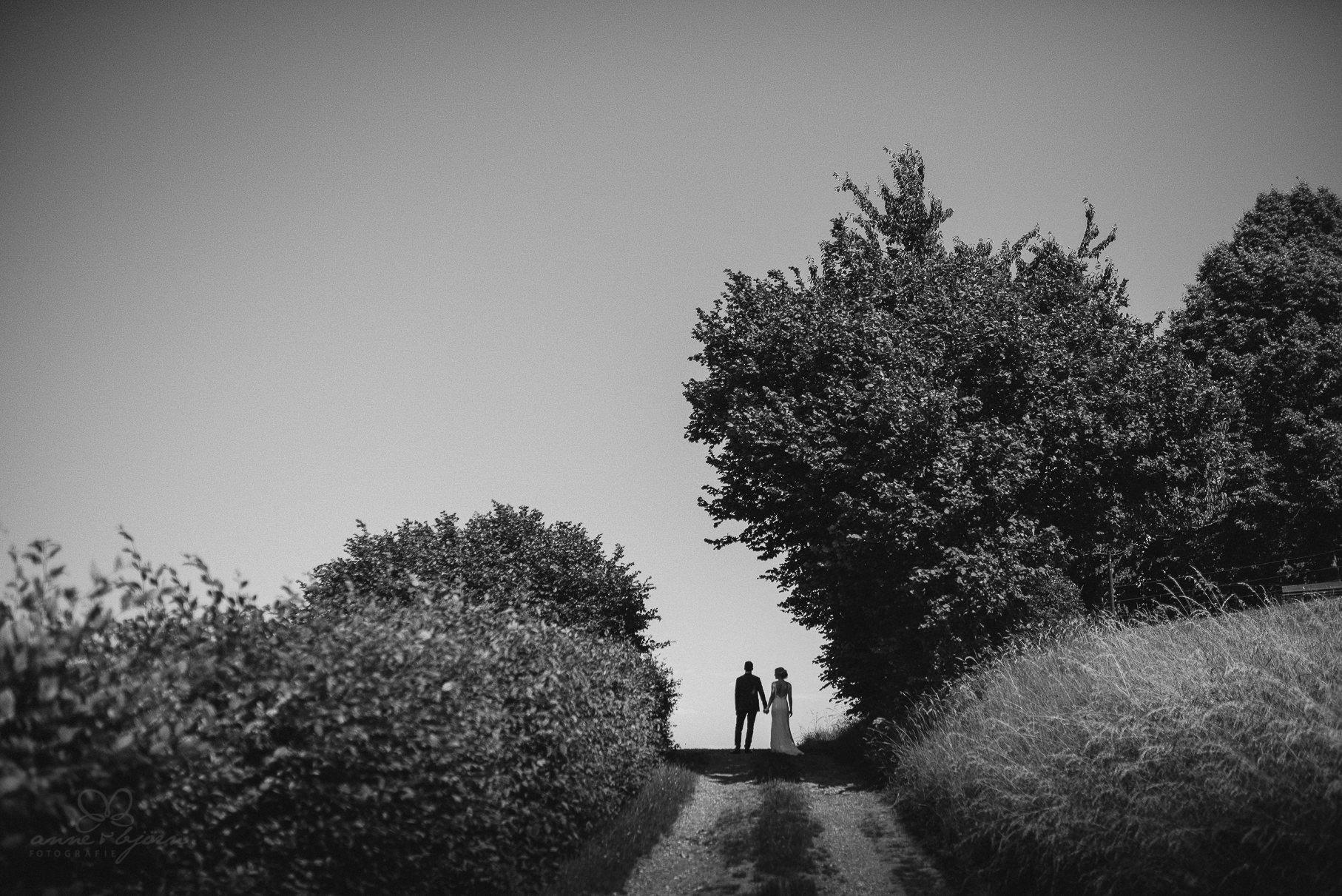 0089 anne und bjoern hochzeit schweiz d75 1207 - DIY Hochzeit in der Schweiz - Sabrina & Christoph