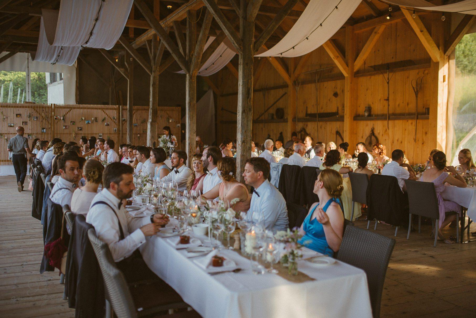 0116 anne und bjoern hochzeit schweiz d75 1780 - DIY Hochzeit in der Schweiz - Sabrina & Christoph
