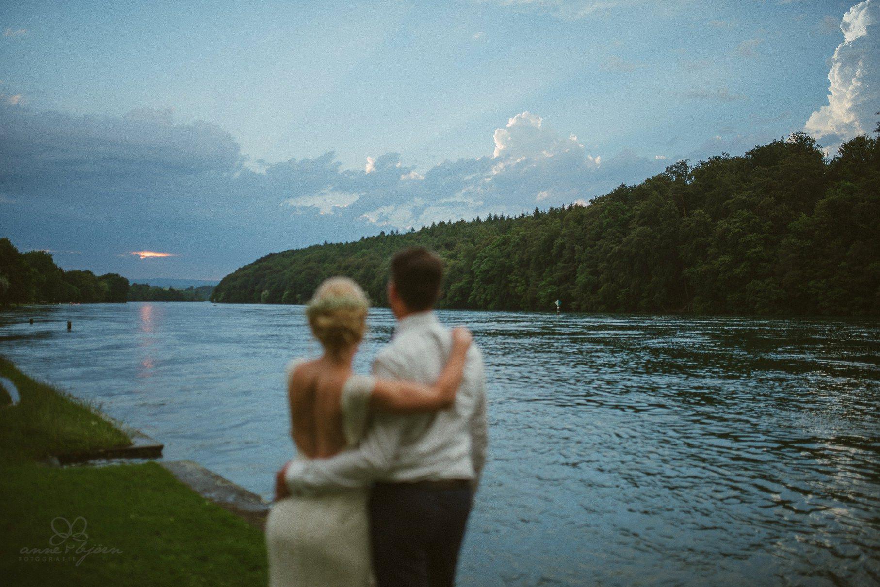 0124 anne und bjoern hochzeit schweiz d75 2024 - DIY Hochzeit in der Schweiz - Sabrina & Christoph