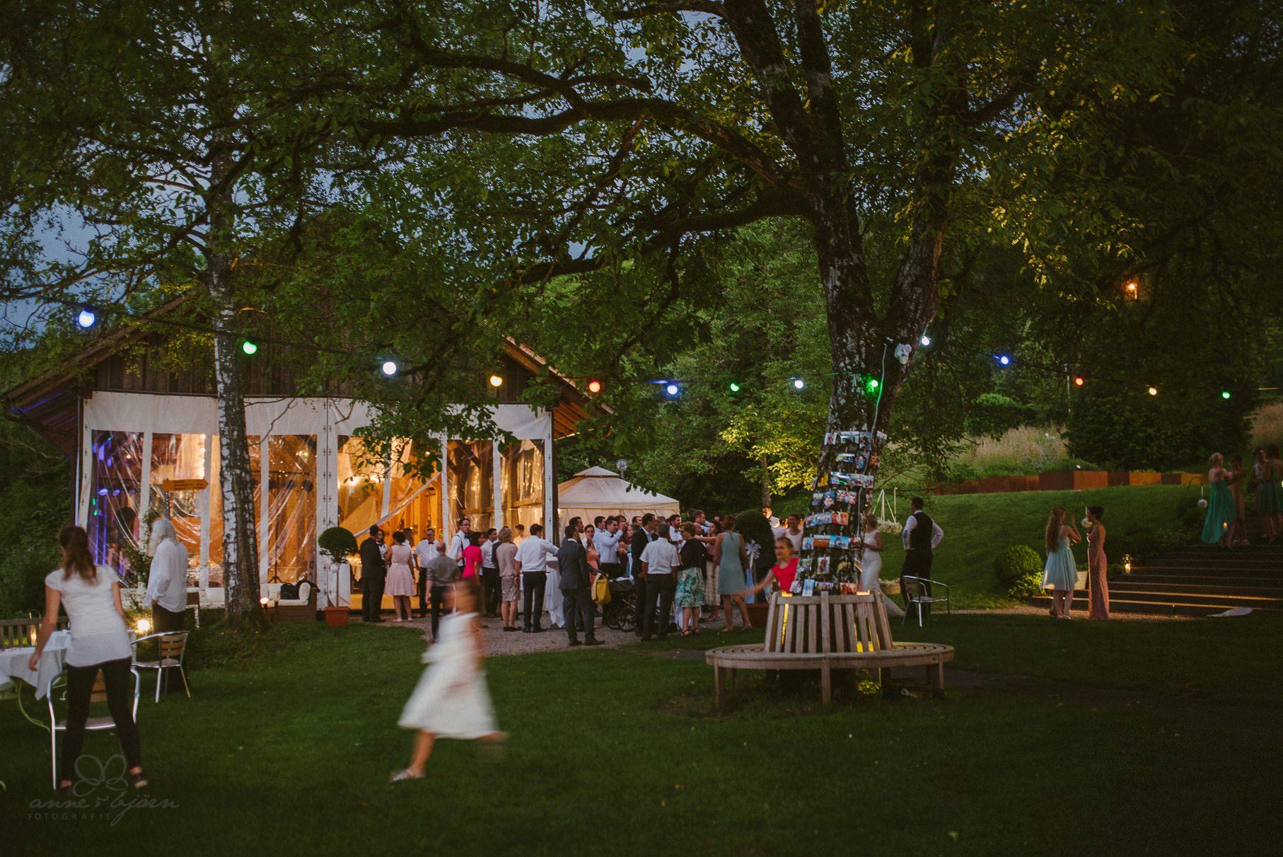 0129 anne und bjoern hochzeit schweiz d75 2288 - DIY Hochzeit in der Schweiz - Sabrina & Christoph