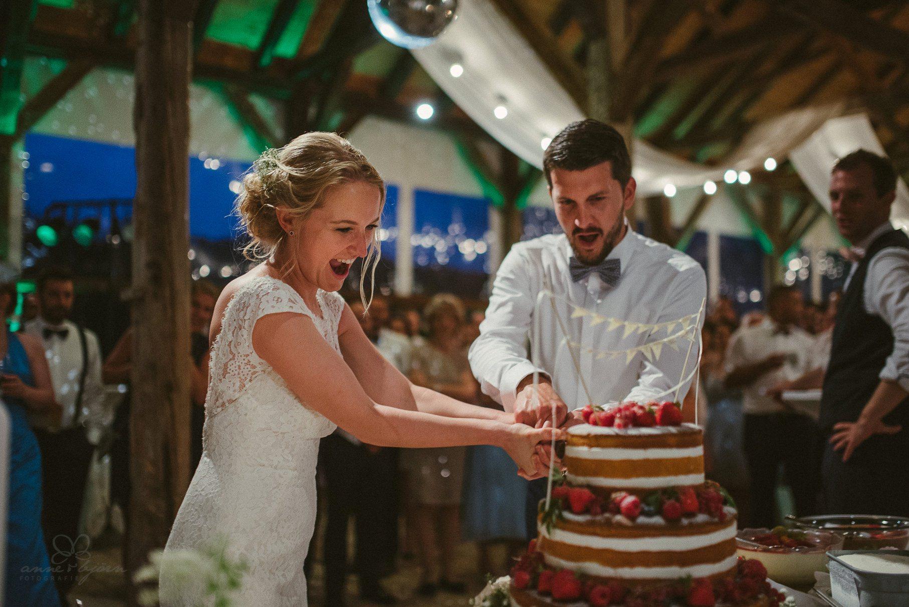 0132 anne und bjoern hochzeit schweiz d75 2320 - DIY Hochzeit in der Schweiz - Sabrina & Christoph