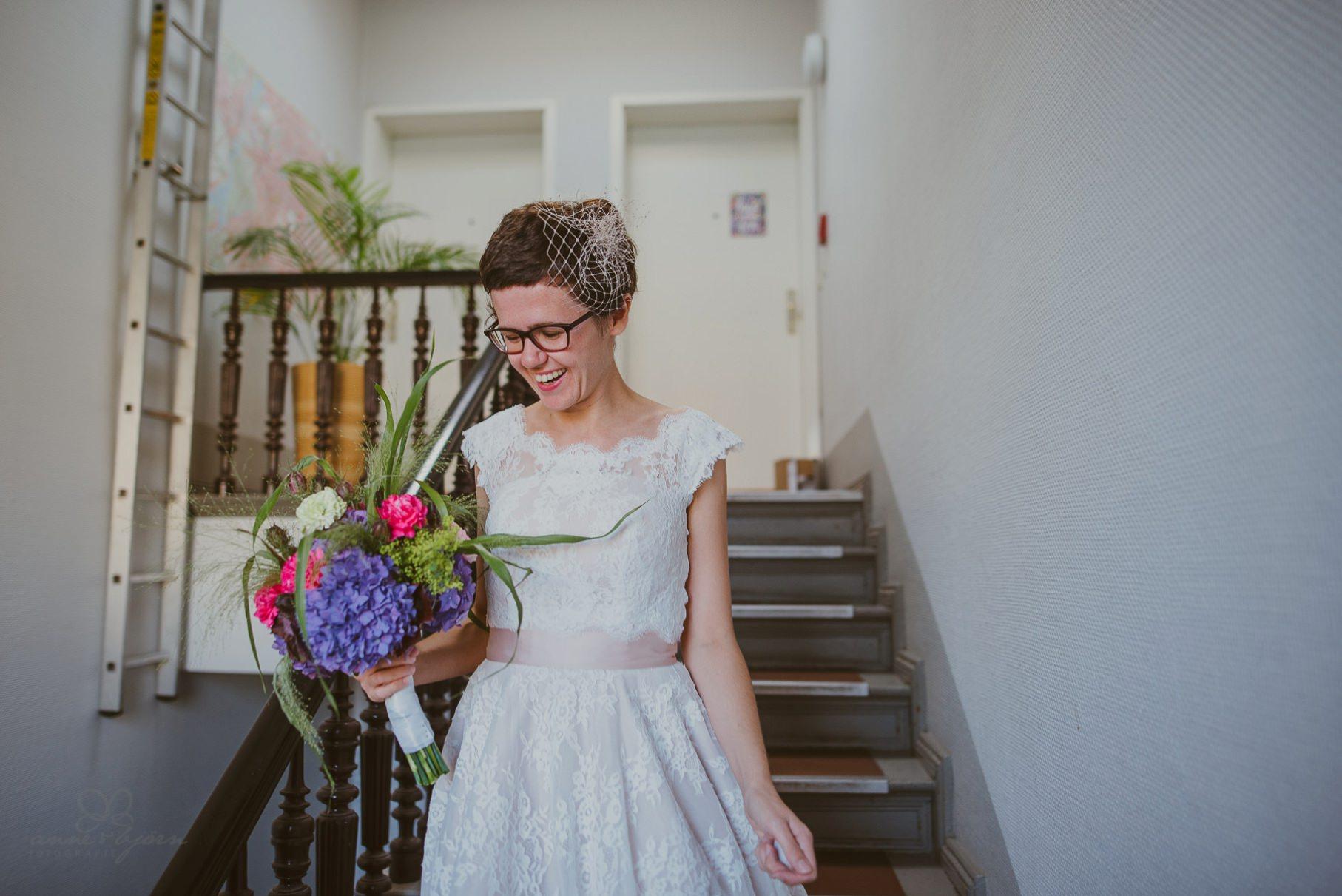 0018 sylwiaundchris d76 1416 - Bunte DIY Hochzeit in der Fabrik 23 - Berlin