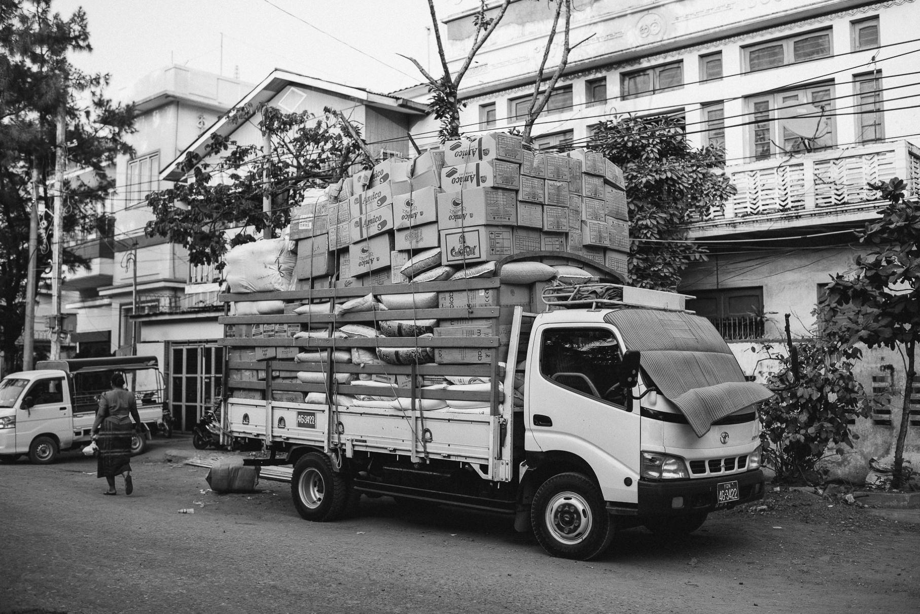 0013 yangon mandalay d76 6496 - Großstädte Myanmars - Yangon & Mandalay